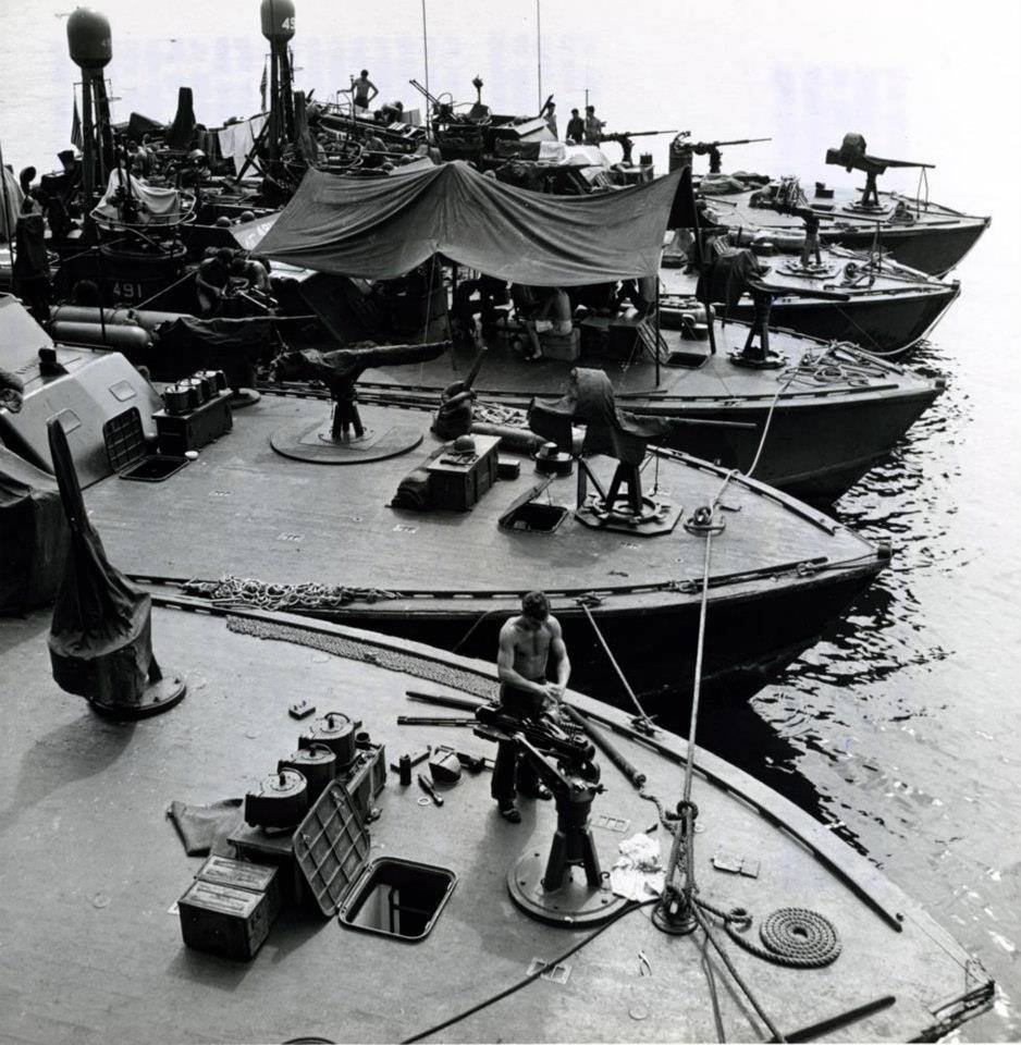 NHHC Photograph Collection, L-File, Unnamed U.S. Navy vessels