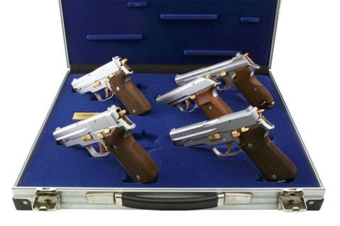 1986-sig-von-bank-collection-was-born-only-555-collections-made-the-set-contained-matching-p210-p220-p225-p226-and-a-p230-chrome-with-18k-gold-controls