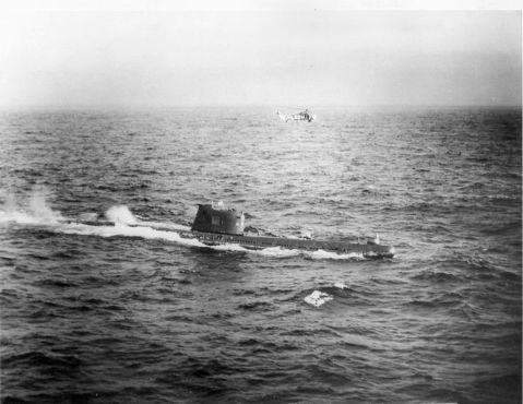 Soviet submarine B-59, forced to the surface by U.S. Naval forces in the Caribbean near Cuba. U.S. National Archives, Still Pictures Branch, Record Group 428, Item 428-N-711200