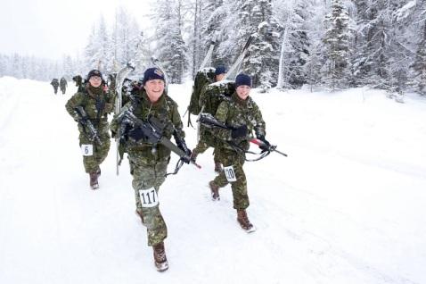 canadian-van-doos-22rgt-iceman-challenge-snow-shoe-ski-6c