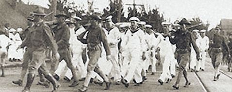 SMS Geier's crew under arrest by Army regulars in Hawaii, 7 Aprl 1917.