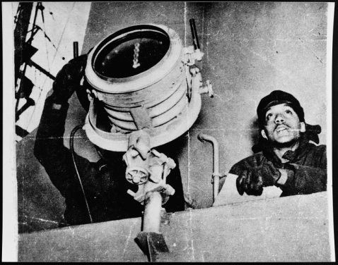 Signalmen DuFau and Buchanan sending and receiving messages to Mason's sister ship. Convoy duty, North Atlantic, 1944 (Her sister ship is not listed). Donation of James W. Graham, 1991. U.S. Naval History and Heritage Command Photograph. Catalog #: NH 106730