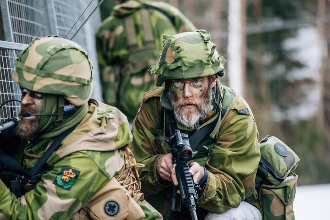 Dad S Army Norwegian Edition Laststandonzombieisland