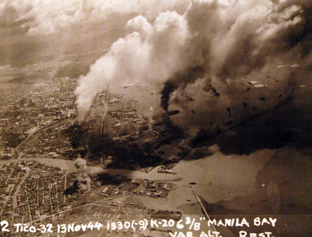 US aerial attack on Manila Bay, Philippines, by planes from USS Ticonderoga (CV 14), 13 November 1944 80-G-272702