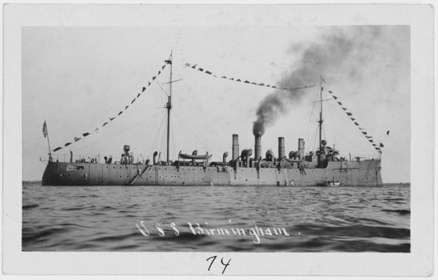 USS Birmingham (Scout Cruiser # 2) Dressed in flags while at anchor, circa 1909. Collection of Chief Quartermaster John Harold. NH 101517
