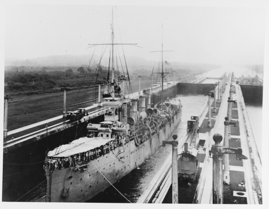 USS Birmingham (Scout Cruiser # 2) In the Middle West Chamber, Gatun Locks, during the passage of the Pacific Fleet through the Panama Canal, 24 July 1919. Courtesy of the Naval Historical Foundation, Washington, D.C. Collection of Admiral William V. Pratt. NH 75717
