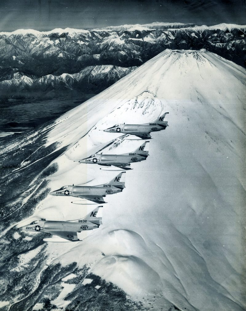 "Formation of VA-22 A4C ""Skyhawk"" aircraft over Mt. Fuji, Japan, 27 April 1964. NHHC"