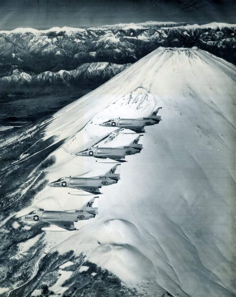 "Formation of VA-22 A4C ""Skyhawk"" aircraft over Mt. Fuji, Japan, 27 April 1964. NHHC"
