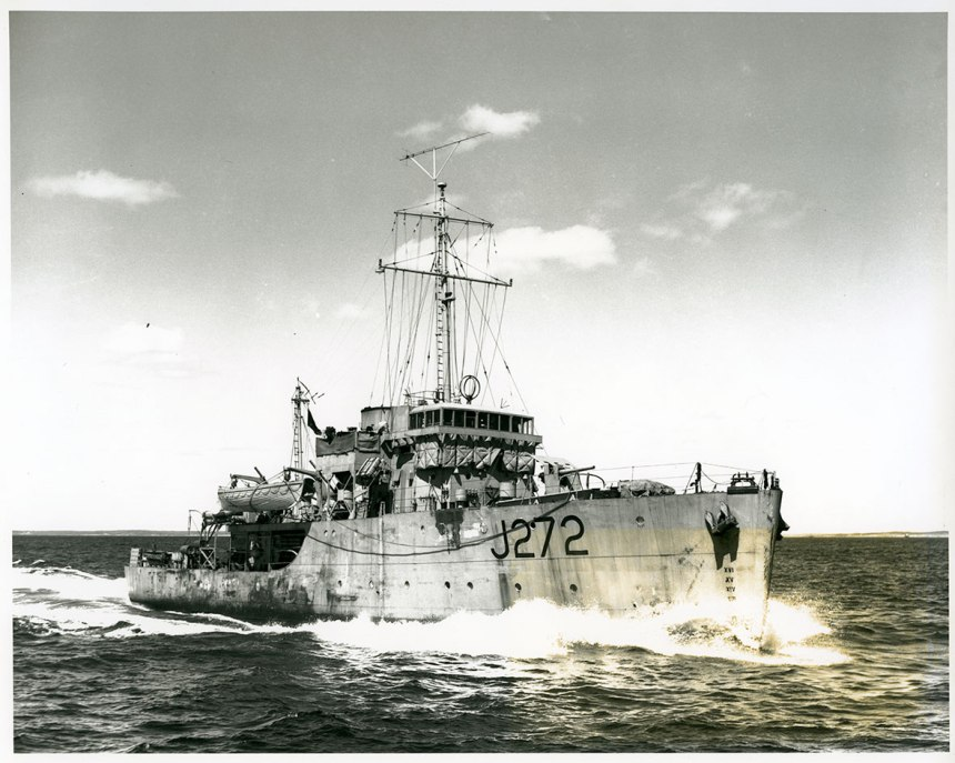 HMCS Esquimalt J272 Via Canada Archives