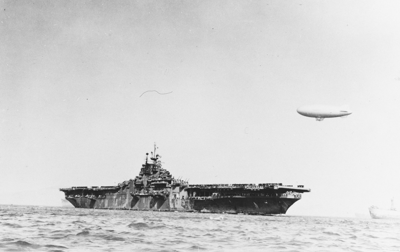 USS Ticonderoga (CV-14) San Francisco Bay, California, following the end of World War II, circa late 1945 or early 1946. A blimp is in the background. Courtesy of Donald M. McPherson, 1973 NH 77366