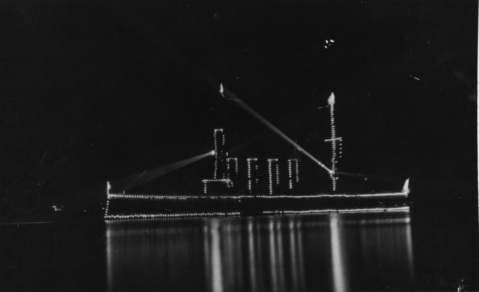 USS SAN DIEGO (CA-6) Display illumination circa 1916. Courtesy of Chief Warrant Officer J.B. Dofflemeyer, 1972 NH 83106